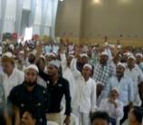 Muslims with Modi.