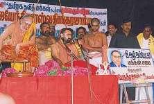 Sahankaracharya of Kanchi Kamakoti Peetham with Dalit leaders in Chennai 2004