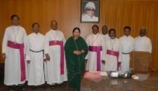 Jayalalitha with Tamil Nadu bishops
