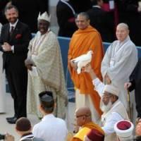 Rajmohan Gandhi at Pope's Assissi prayer meeting.