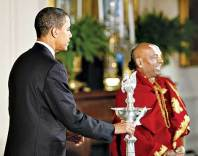 President Obama and Hindu priest