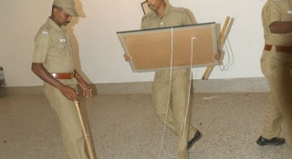 Police raid FACT exhibition in Madras in 2009