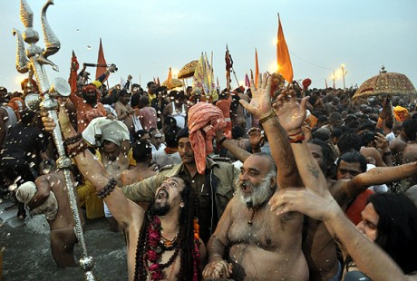 Shahi snan at Kumbh Mela on February 15th, 2013