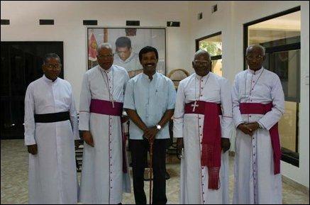 Srilankan bishops meet LTTE political head S. P. Thamilchelvan