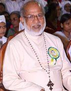 Cardinal George Alencherry wearing his Rajiv Gandhi badge.
