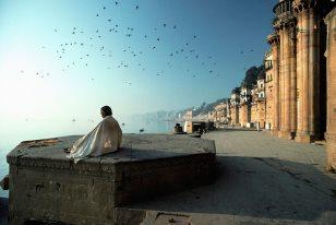 Ganga ghat at Varanasi ca. 1950s