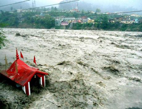 Ganga in spate at Uttarkashi