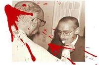 Archbishop Jorge Bergoglio gving communion to Argentine Dictator Jorge Videla