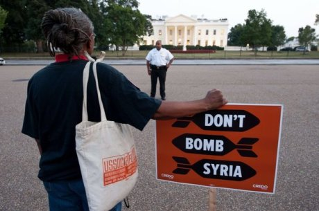 Anti-war protester in front of the White House.