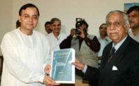 Justice M.N. Venkatachaliah & BJP Law Minister Arun Jaitley