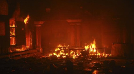 Hindu temple burned in Larkana, Pakistan