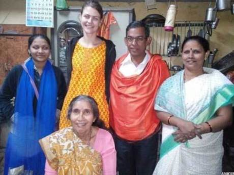Jasodaben with Christian missionaries