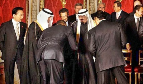 Obama bows to Abdullah