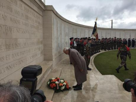 Narendra Modi lays wreath at WWI battle memorial for Indian soldiers at Neuve-Chapelle, France.