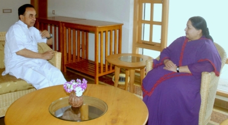 Subramanian Swamy & J. Jayalalithaa at Kodanadu