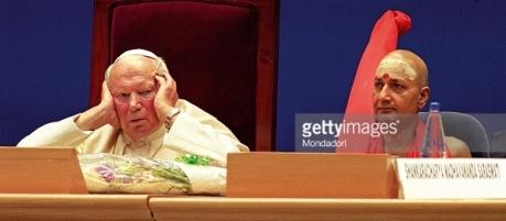 John Paull II & Hindu Swami (1999)