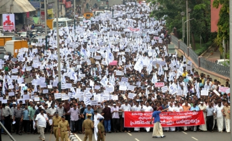 Rally against bar closure in Kerala (2014)