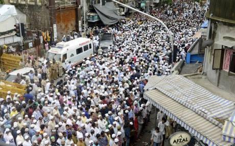 Yakub Memon cortège Mumbai 30-7-15
