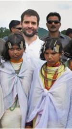 Rahul Gandhi with Orissa tribal girls