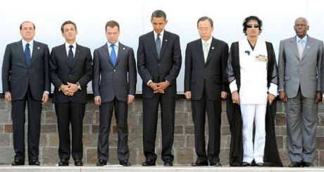 Gaddafi with G8 member8 in Italy 2009