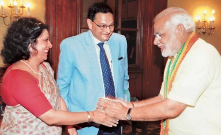 Naredra Modi with Chandra and Usha Bose
