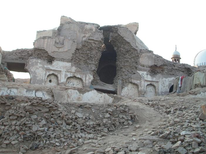 Bhagat Prahlad Temple and Shah Rukn-e-Alam Shrine (background), Multan, Pakistan. Photo (C) Alie Imran