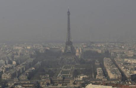 Paris Smog (March 15, 2014)