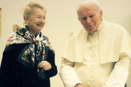 Anna-Teresa Tymieniecka & Pope john Paul II