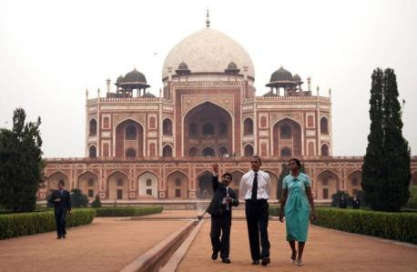 K. K. Muhammed with Obamas