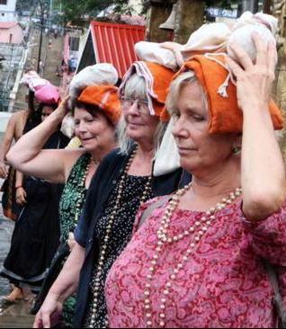 Elderly Swedish women pilgrims to Sabarimala