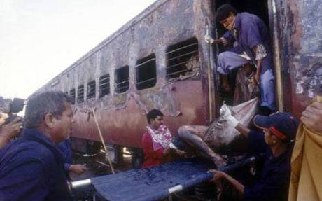 Sabaramati Express train burning at Godhra