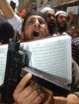 Jihadi, Koran, Gun