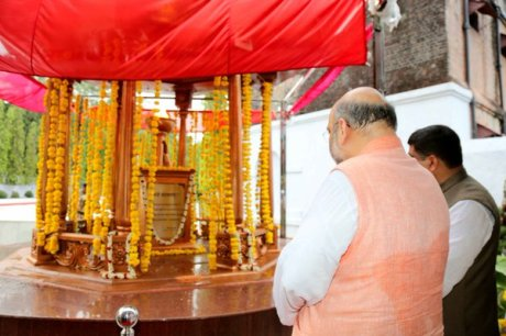 Sarvarkar Jyoti lit by Amit Shah at the Cellular Prison, Port Blair, Andaman & Nicobar Islands (May 28, 2016)