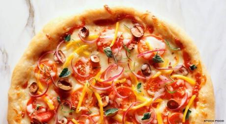 Simple Italian Vegetarian Pizza