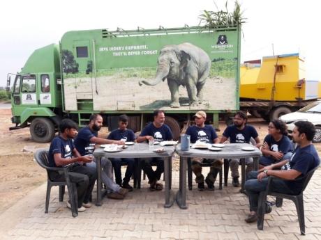 Wildlife SOS Rescue Crew