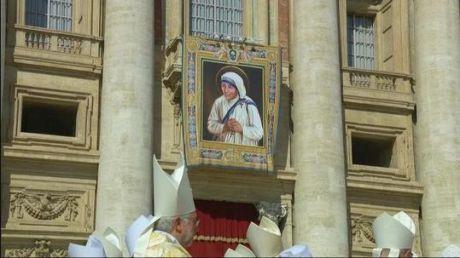 'Saint' Mother Teresa