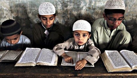 Saudi-funded Koran study in a madrasa