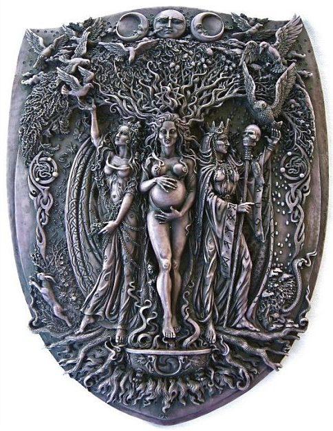 Goddess : Maiden, Mother & Crone