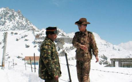 Indian and Chinese soldiers at Doklam