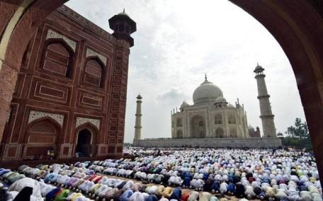 Taj Mahal & Mosque