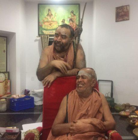 Sri Jayendra Saraswati & Sri Vijayendra Saraswati