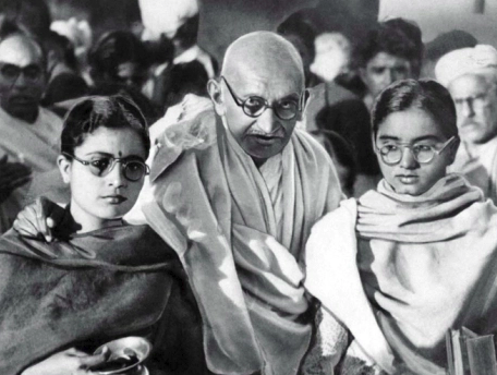Gandhi with nieces