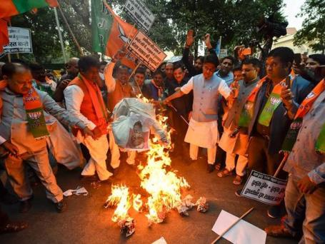 BJP protest against Kerala government at Thiruvananthapuram (13 Dec 2018).