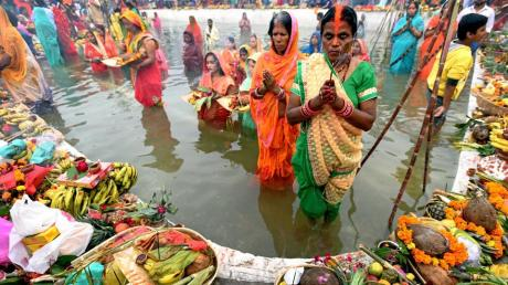 Chhath Puja on the Yamuna in New Delhi