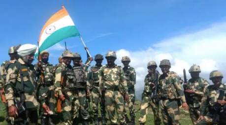 Indian troops at the LAC in Ladakh (2020)