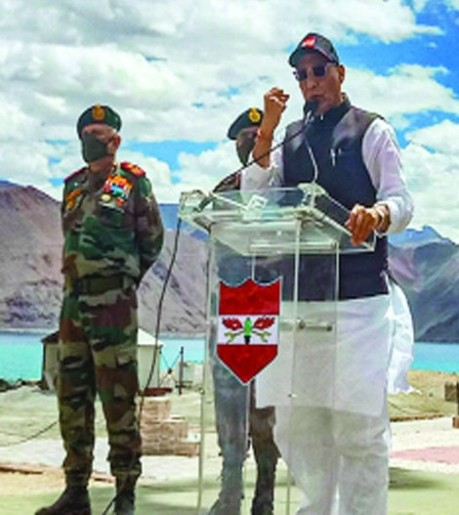 Defence Minister Rajnath Singh in Ladakh (17 July 2020)