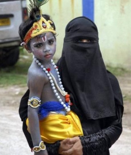 Muslim mother and son on Krishna Janmashtami