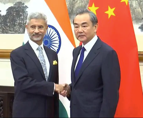 Indian and Chinese Foreign Ministers