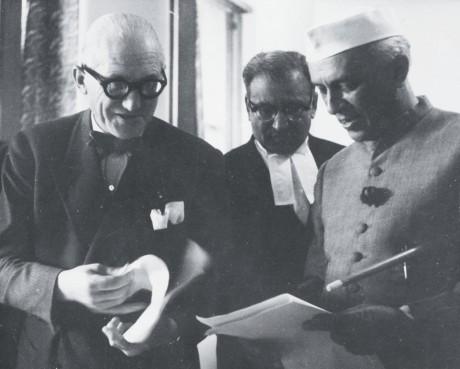 J. Nehru & Le Courbusier (ca. 1950)